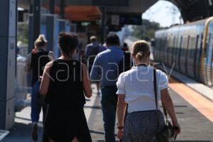 Metro Trains passengers - RailGallery