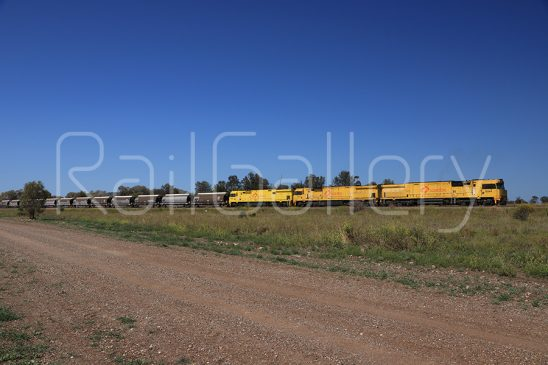 Aurizon - 6020 class locomotive - RailGallery
